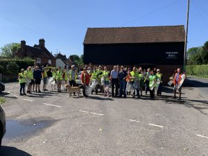 Litter Picking @ o/s the Red Lion